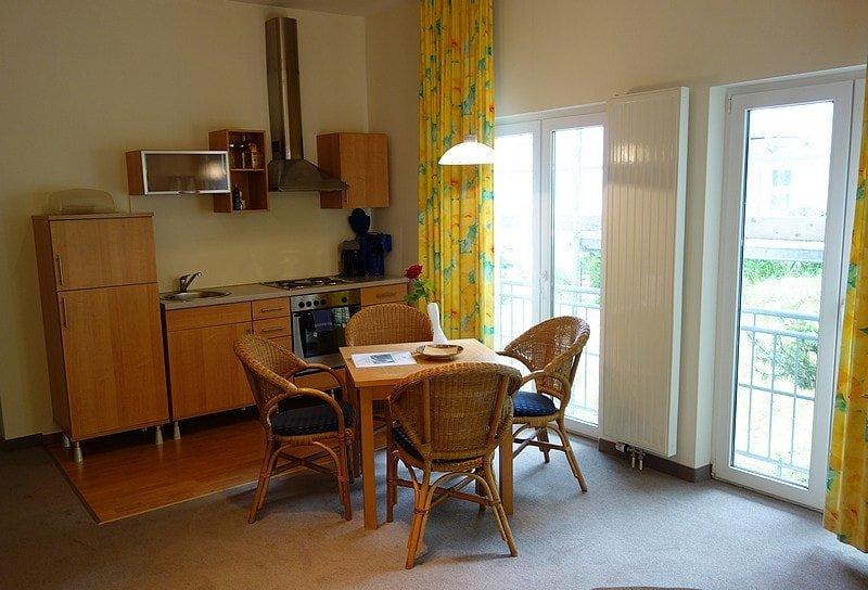 Küche und Essbereich der Wohnung 3