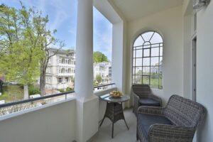 Loggia 1 Wohnung 6 mit Blick auf die Wilhelmstraße